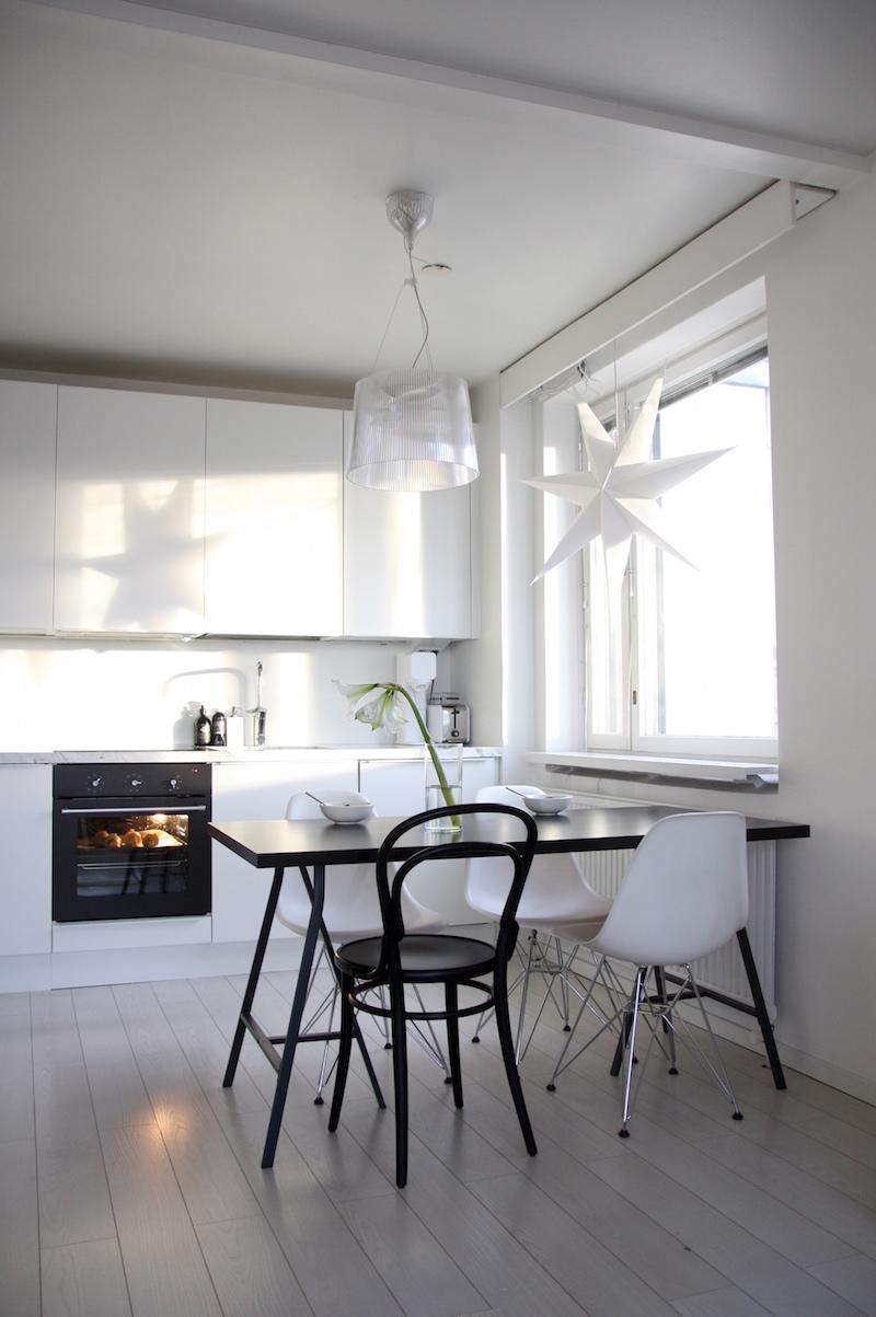 Homevialaura, valkoinen keittiö, Anno Paperitähti, Kodin1