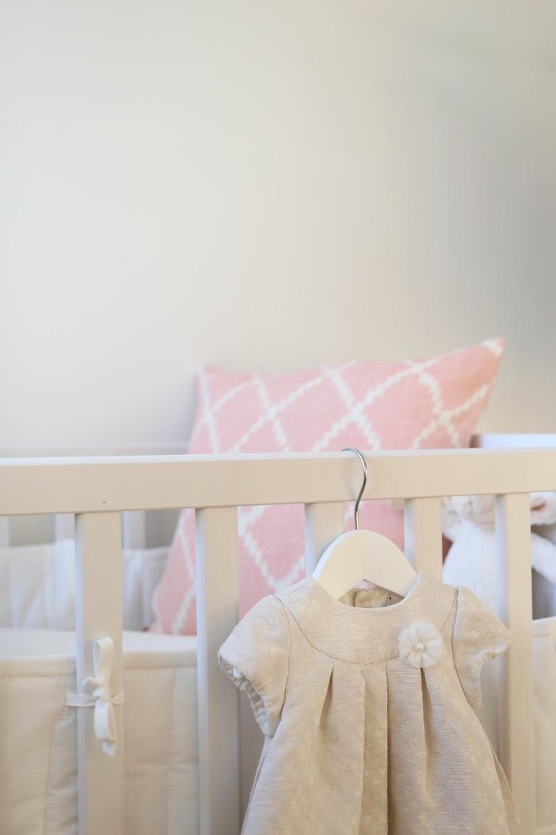 Homevialaura, lastenhuone, Chhatwal & Jonsson, Ikat Kerela Baby Pink