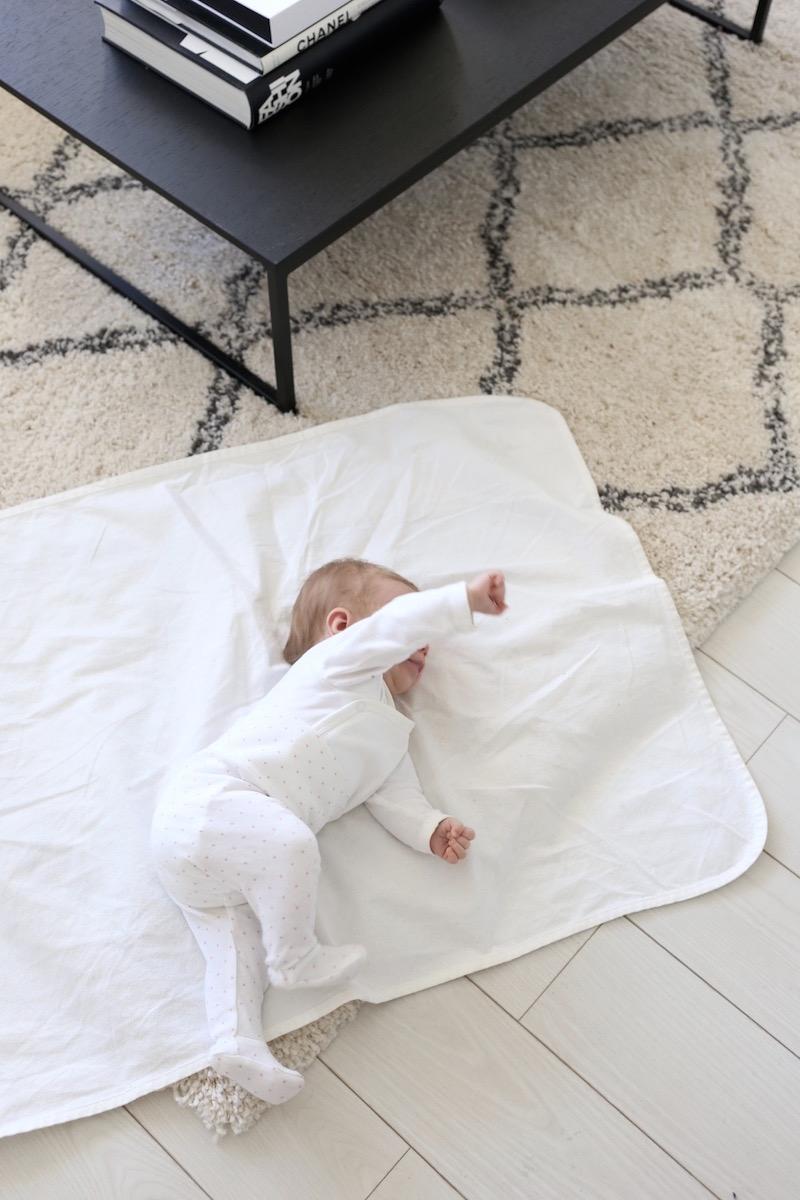 Homevialaura, vauvan tarvikkeet, Ikea Len, patjansuojus