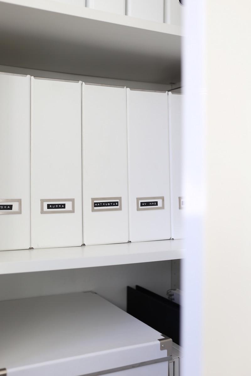Homevialaura, kodin säilytys, järjestys, Ikea, valkoinen lehtikotelo