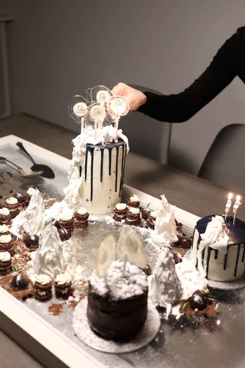 Homevialaura, Asennemedia, toimisto, Jääkärinkatu, pikkujoulut, Say it with a cake