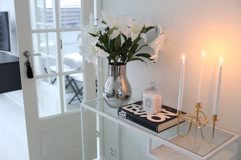 Homevialaura, Ikea Vittsjö, sivupöytä