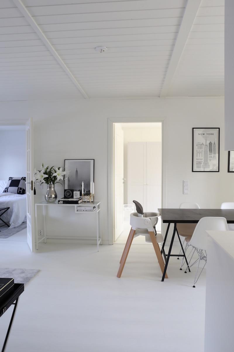 Homevialaura, A.S. Helsingö, Feather Grey, Ikea, Pax, vaatekaappi, kaapisto, Ikea hack