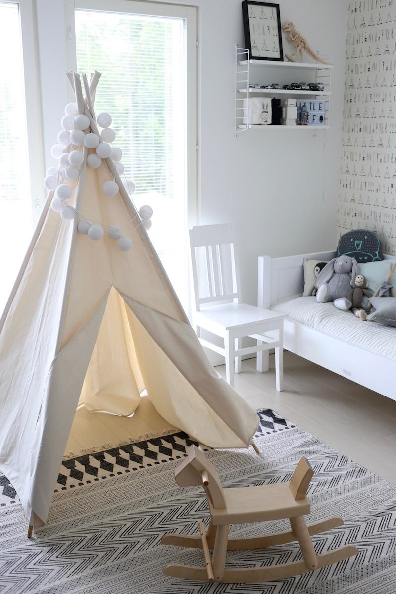 Homevialaura, Kuistin kautta, lastenhuone, pojan huone, sisustus, tiipii
