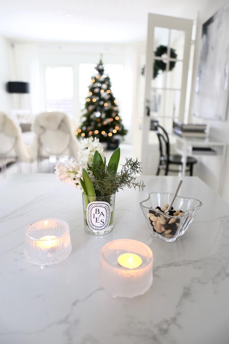 Homevialaura, joulu, sisustus, joulukoti, hyasintti, Iittala, Aalto-kulho, Ultima Thule