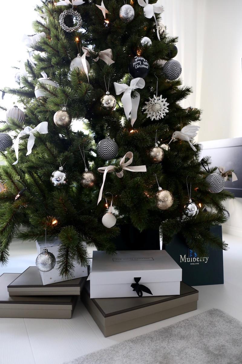Homevialaura, joulukuusi, joulu, sisustus, tekokuusi, kestokuusi