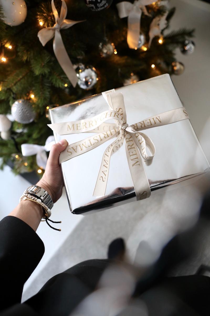 Homevialaura, joululahja, paketointi, joulukuusi