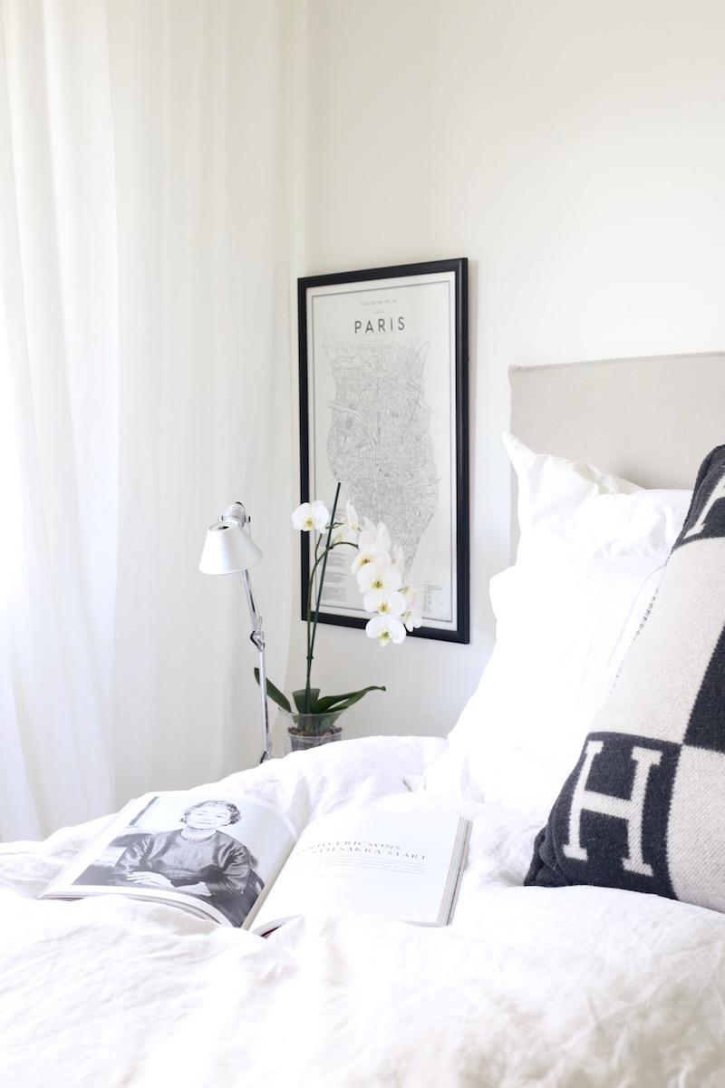 Homevialaura, sisustus, olohuone, lukeminen, arjen ylellisyys