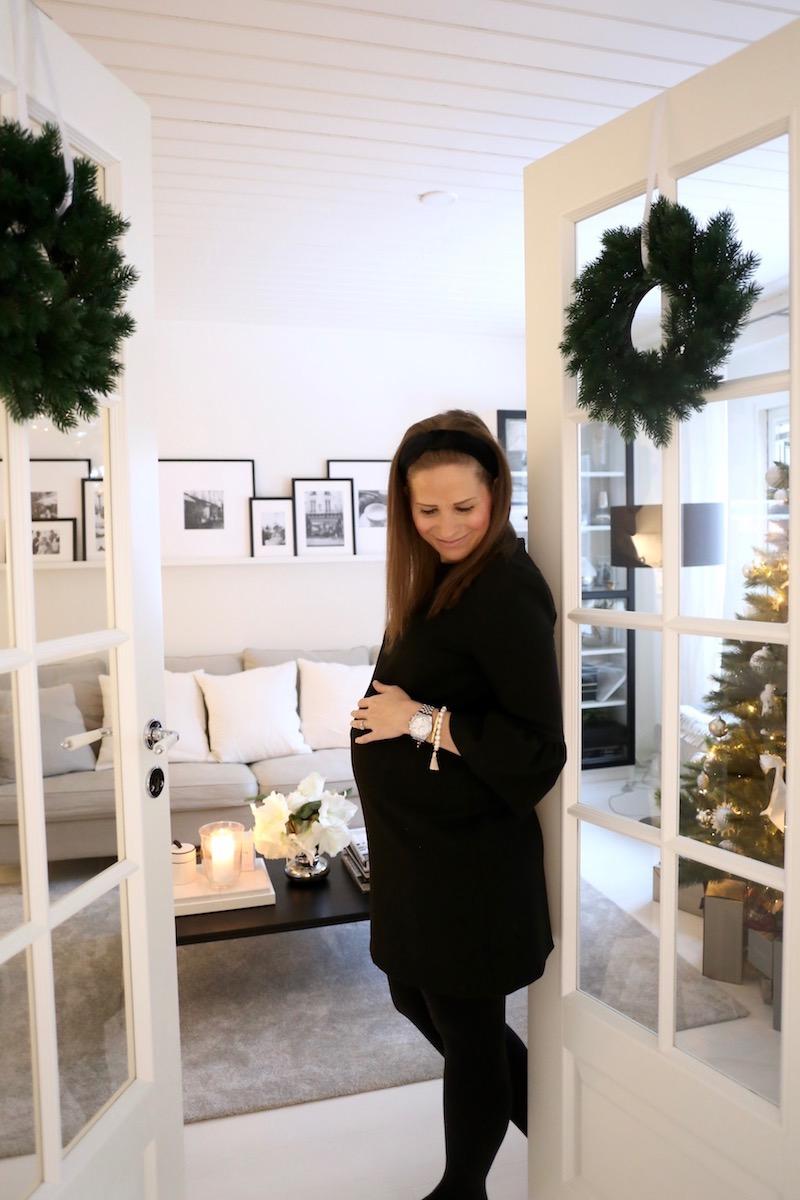 Homevialaura, joulu, Helmikorvakoruvallankumous, Naisten Pankki