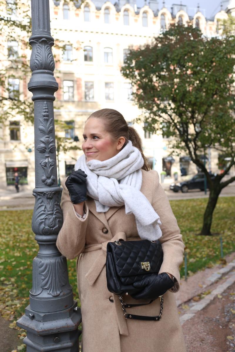 Syksyinen Helsinki flaneeraten (ja kaupungin paras kahvi -salaisuus)