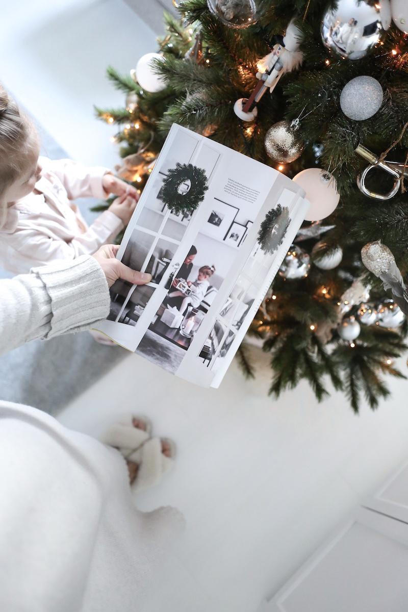 Katsaus aikaisempaan joulukotiin lehtijutun kautta