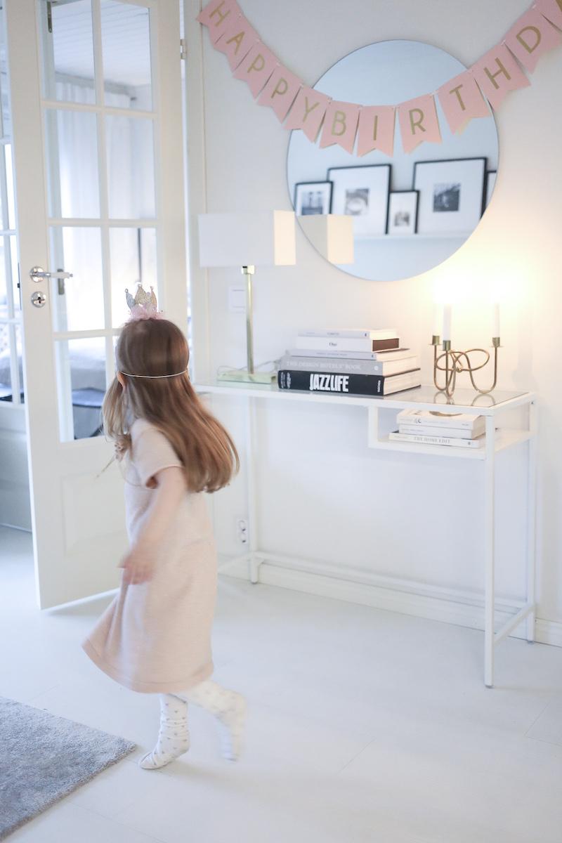 Homevialaura, 4-vuotissynttärit, prinsessasynttärit, koristelu, tarjoilu