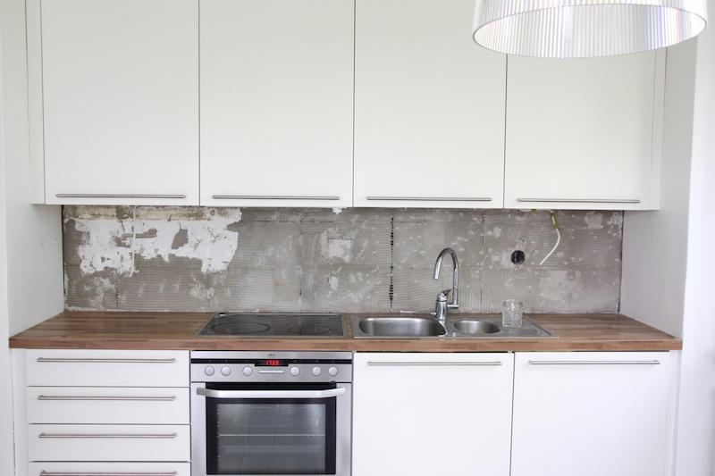 Homevialaura, keittiön välitila, keittiöremontti