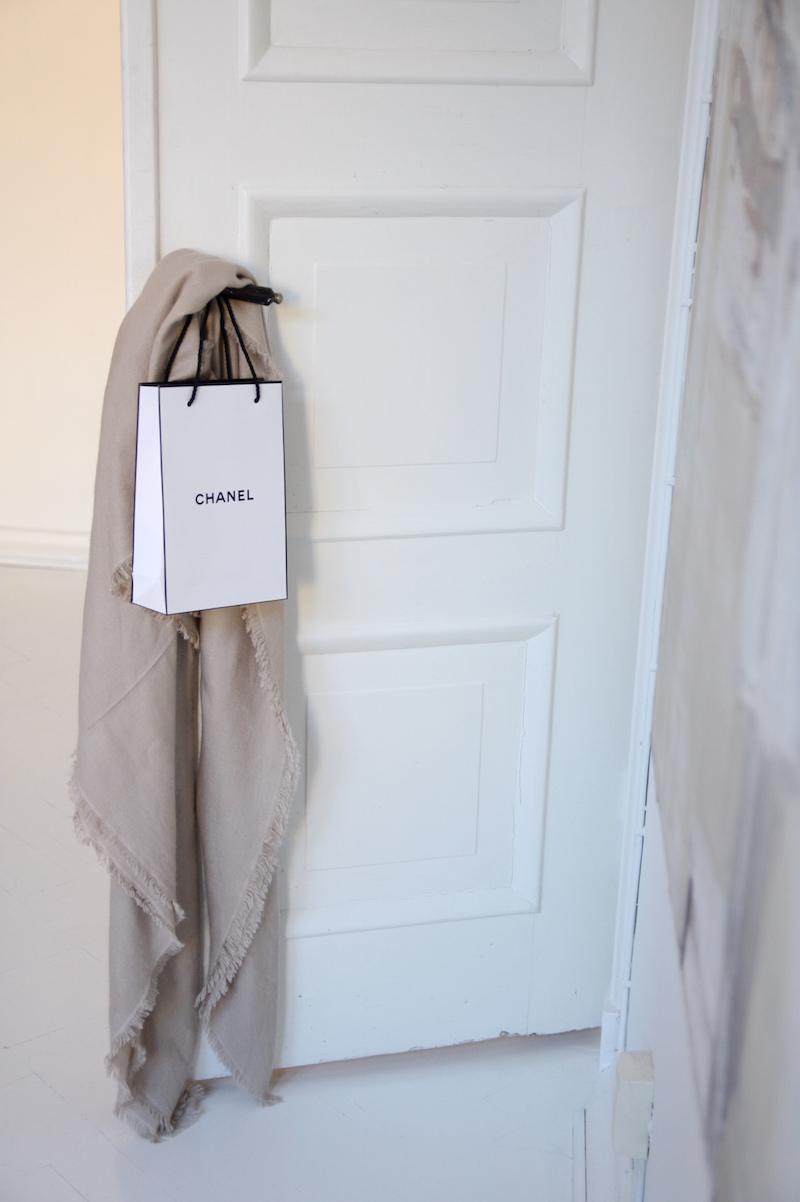 Homevialaura, Balmuir Milan scarf light taupe