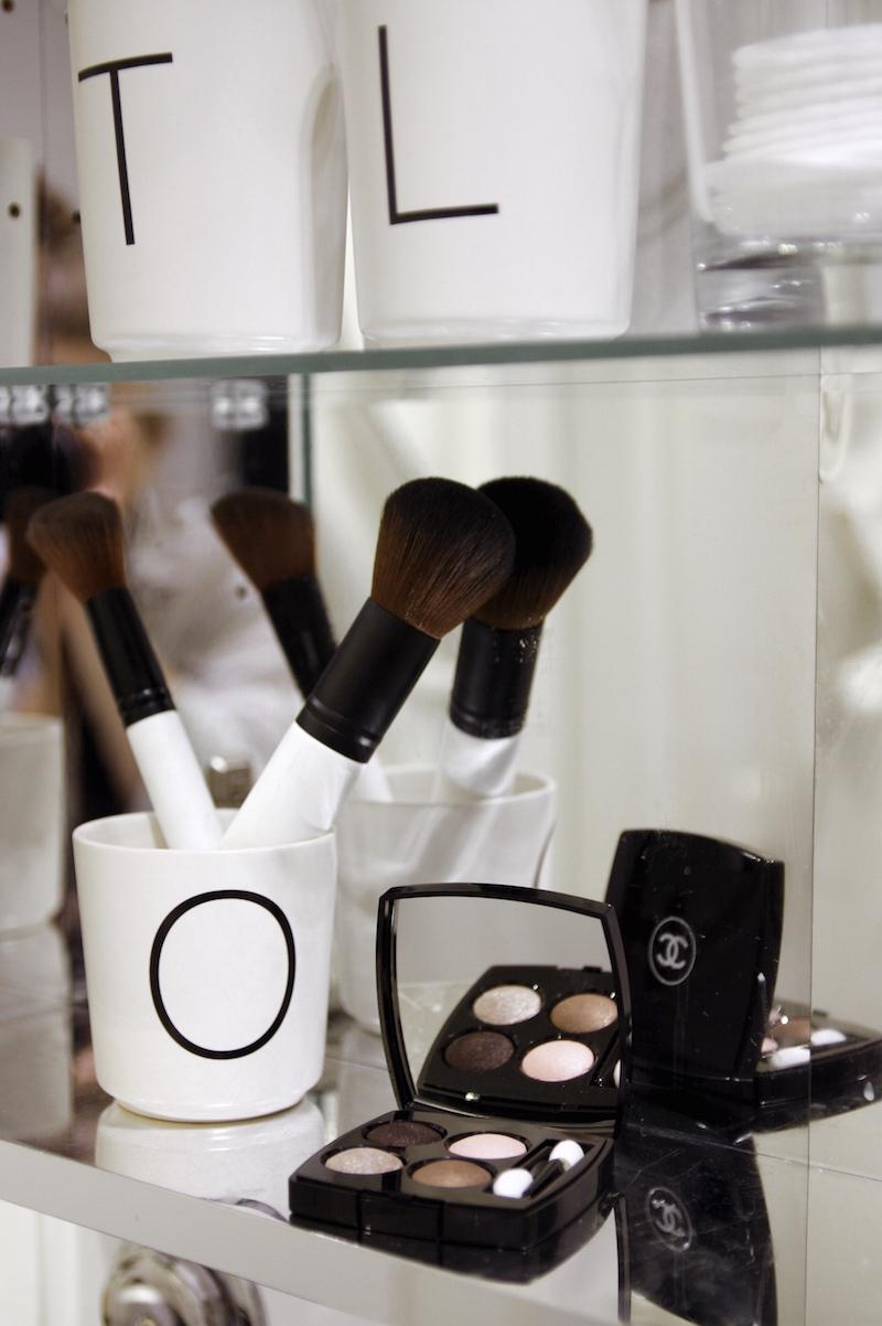 Homevialaura, Ikea Godmorgon -peilikaappi, kauneus, kosmetiikka, luonnonkosmetiikka, meikit, Mia Höytö, Lumene