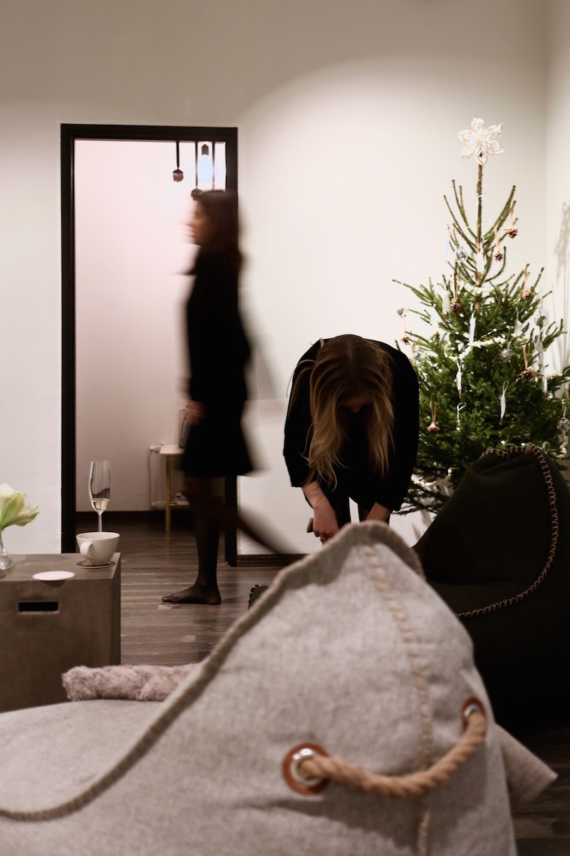 Tunnelmallinen toimisto joululoistossa