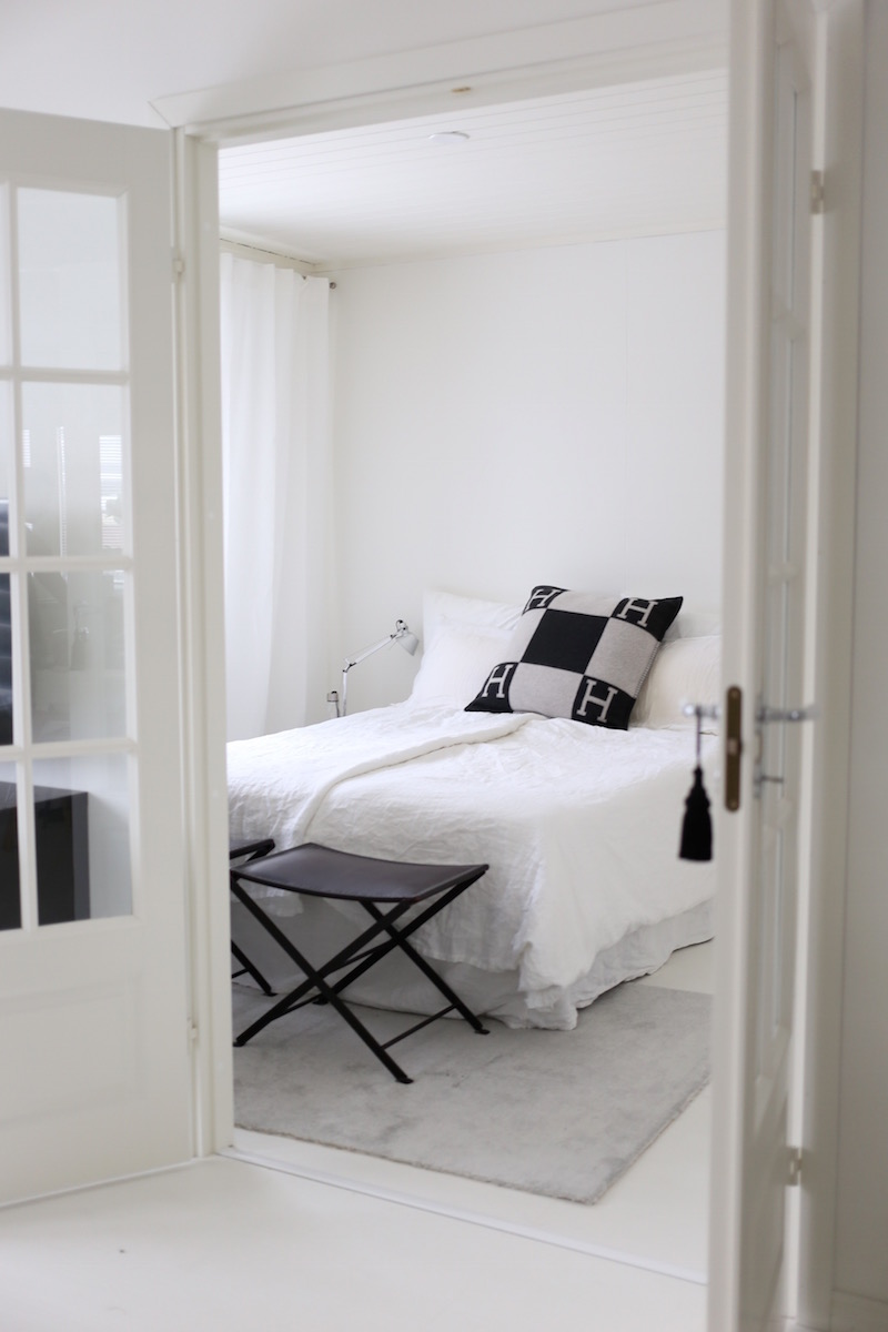 Homevialaura, makuuhuone, VM Carpet, Hattara, harmaa, nukkamatto