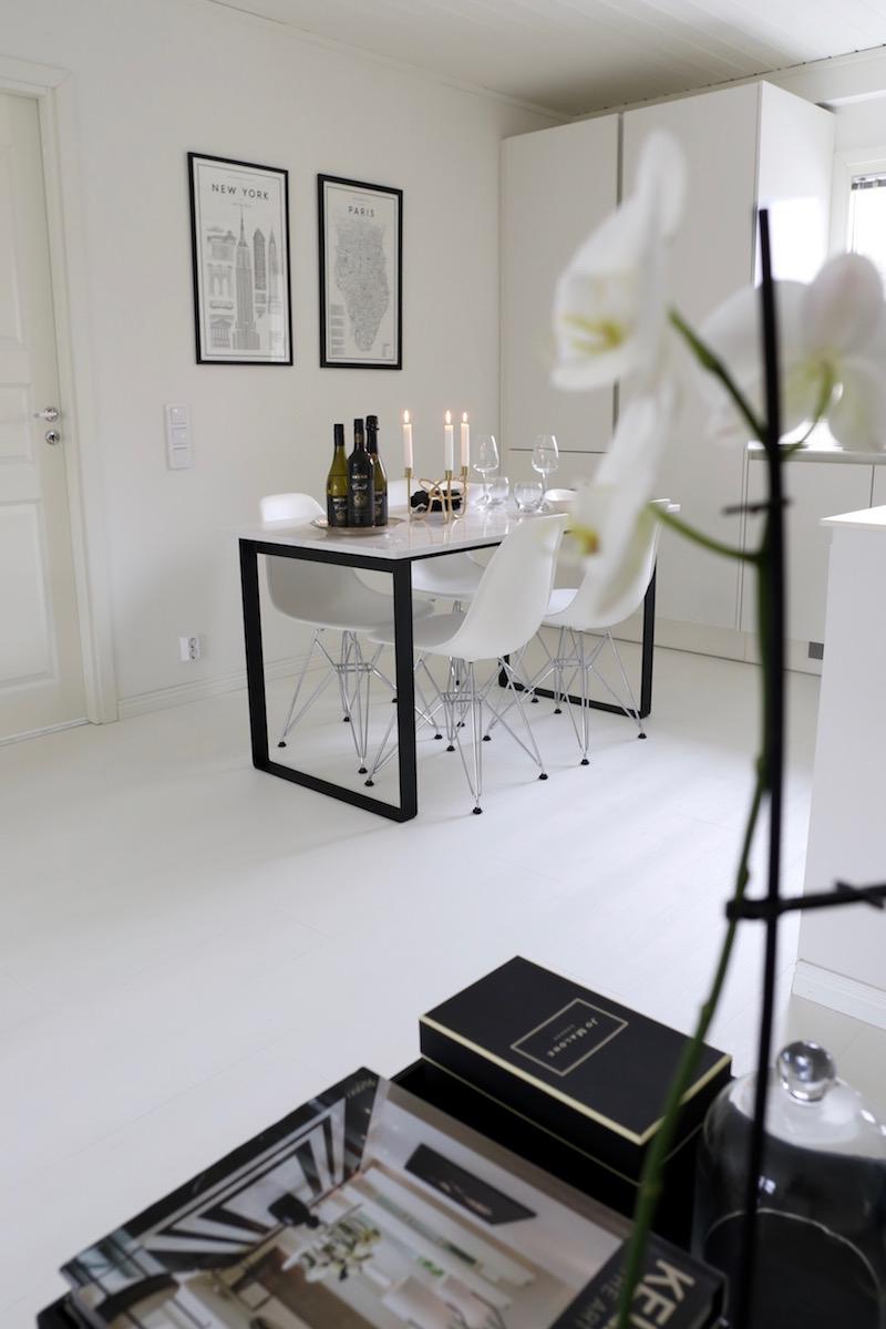 Homevialaura, Hardys Crest, viini