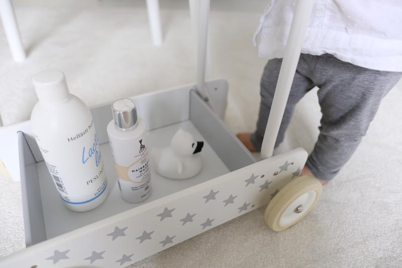 Homevialaura, vauvan peseminen, Sophie la Giraffe Baby, Alva Organics Oy, Lacto Line