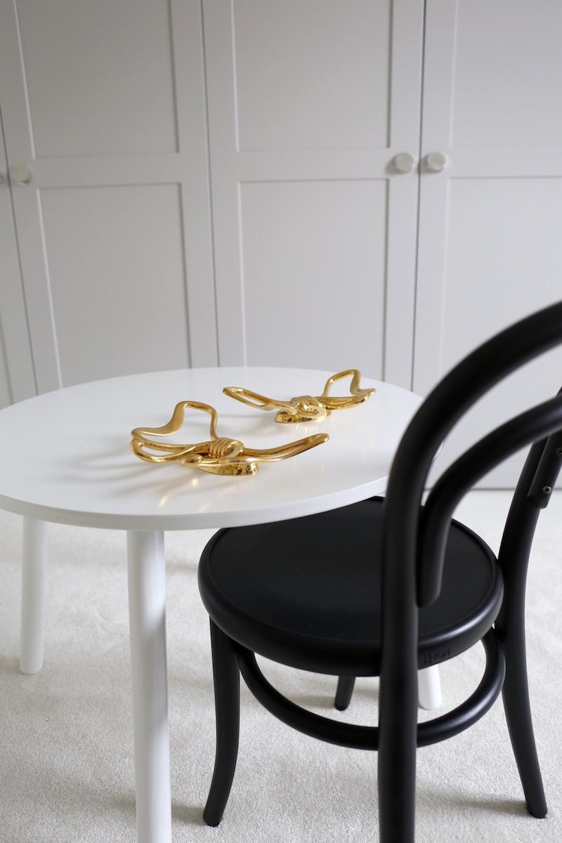 Homevialaura, lastenhuone, TON Petit, lastentuoli, lastenpöytä, Svenskt Tenn Bow Hook