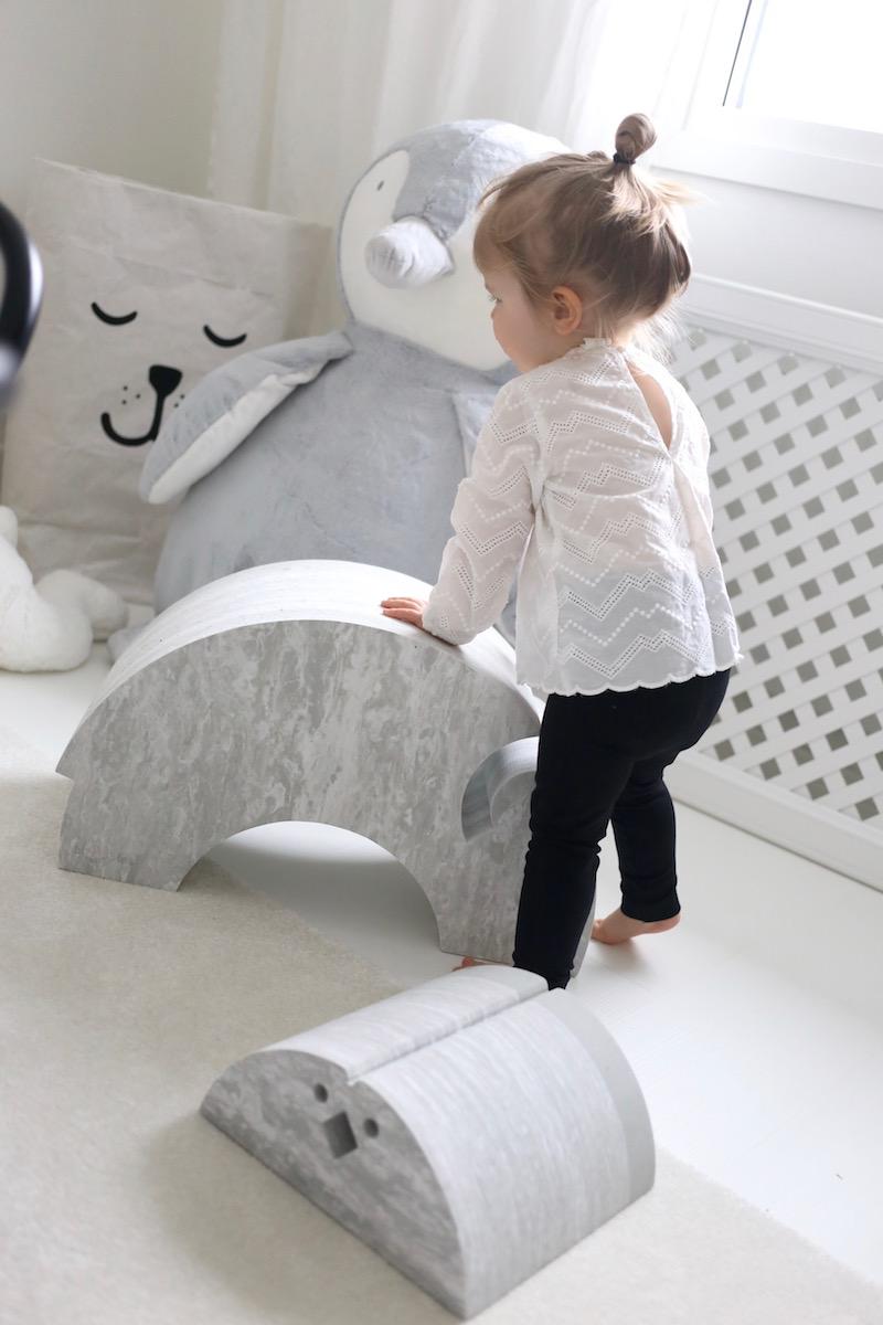 Homevialaura, Mitä lahjaksi 2-vuotiaalle, lastenhuone, marmorinharmaa bObles, PikkuVanilja