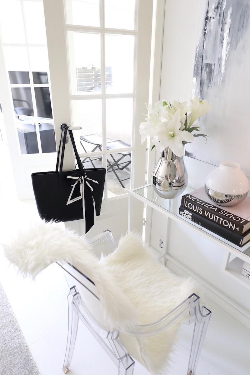 Homevialaura, Balmuir Estelle Shopper bag, laukku, Balmuir Forli Skinny, silkkihuivi