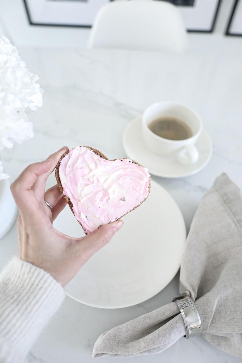 Homevialaura, ystävänpäivän sydänleivät