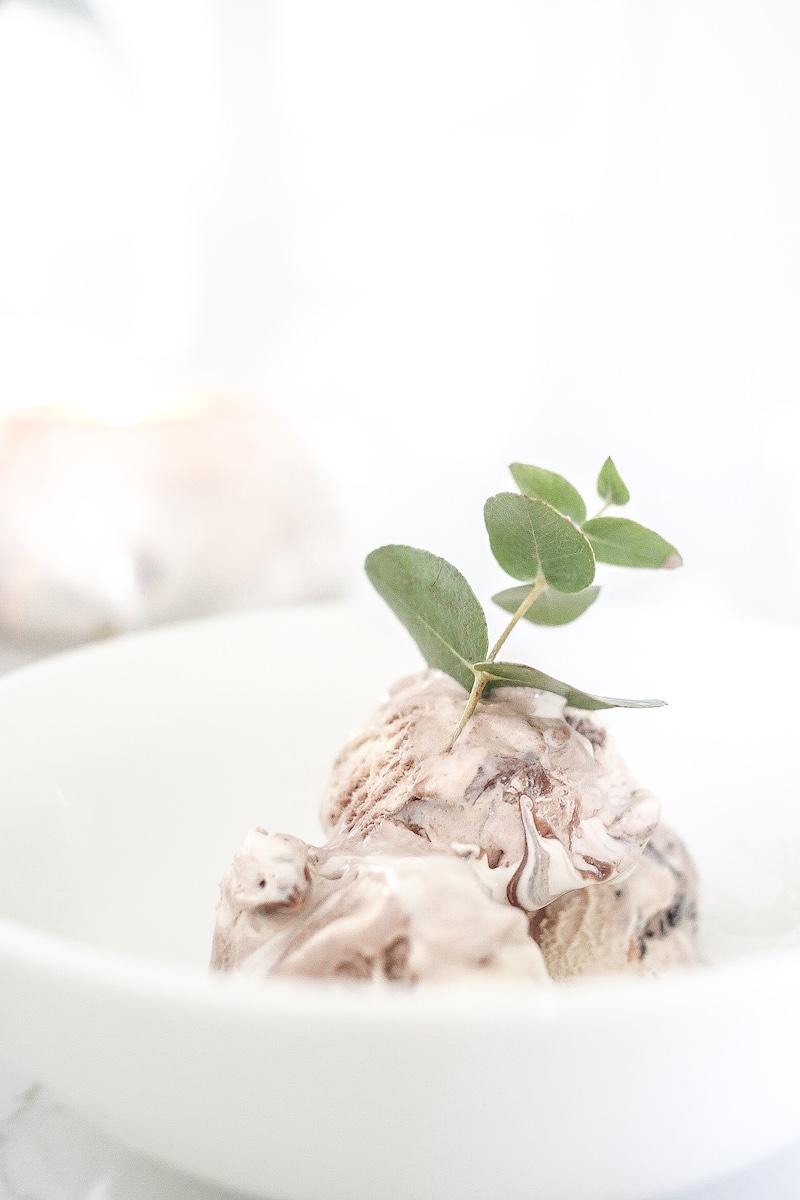 Homevialaura, Aino-jäätelö