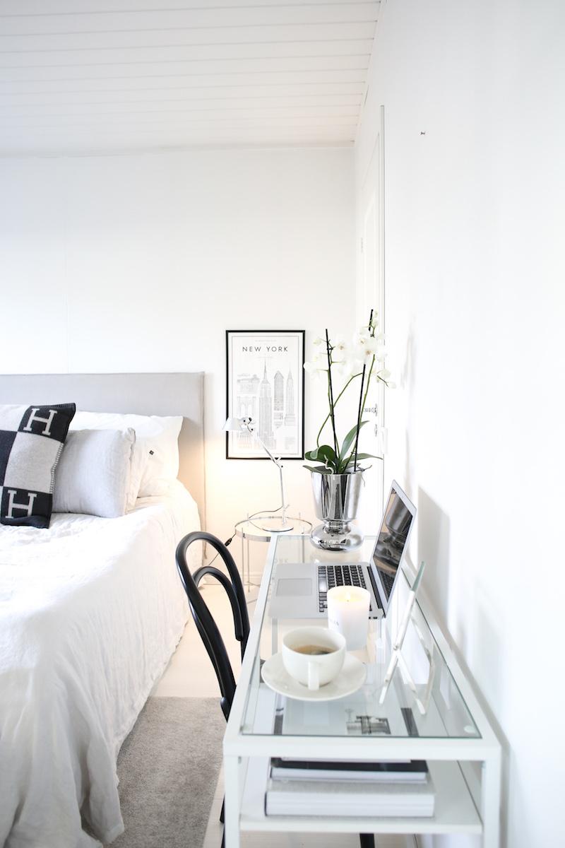 Homevialaura, työpiste, kotitoimisto, työpöytä, Ikea Vittsjö