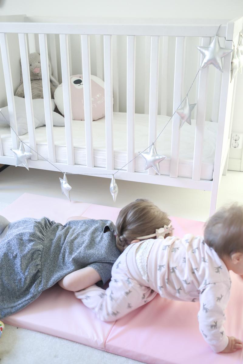 Homevialaura, kotikaranteeni lasten kanssa