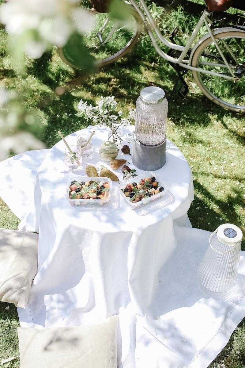 Homevialaura, IKEA, kesämallisto 2020, piknik, piha