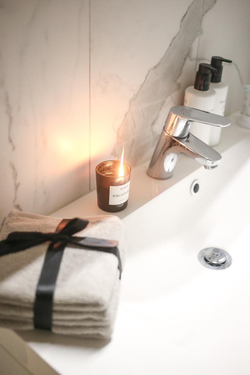 Homevialaura, kylpyhuone, kasvopyyhkeet