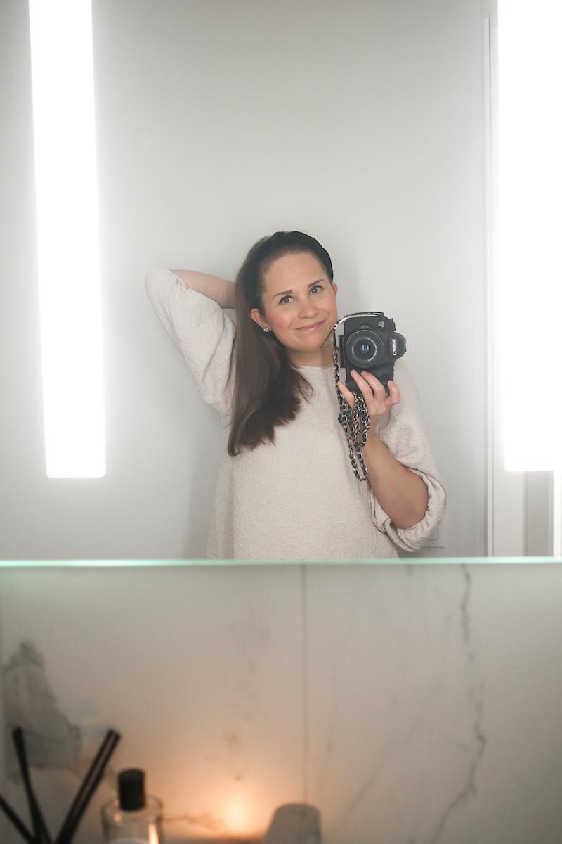 Homevialaura, wc, kylpyhuone, meikkien ja kosmetiikan säilytys, kaunis järjestys