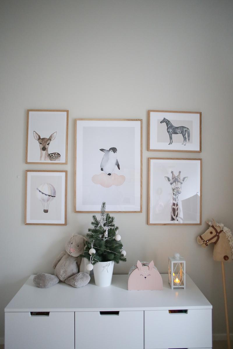 Homevialaura, lastenhuoneen tauluseinä, lasten julisteet, Desenio