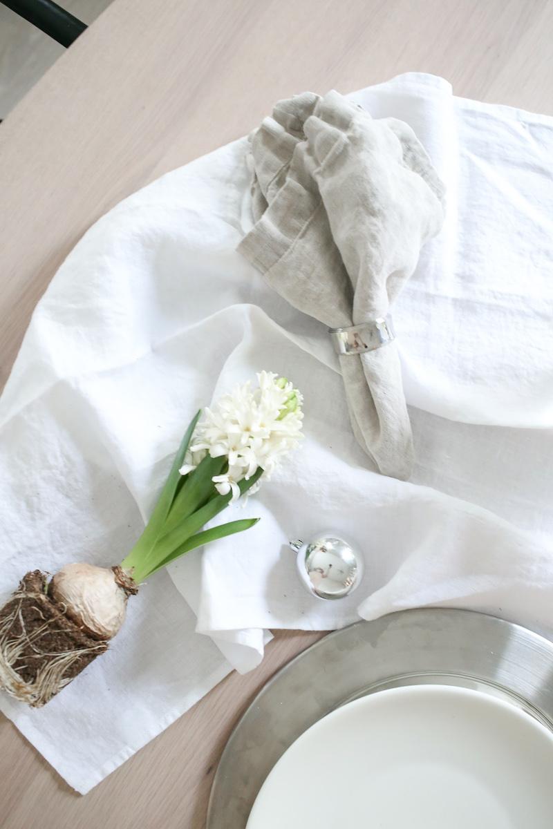 Homevialaura, pitkä pöytäliina, valkoinen pöytäliina pellavaa