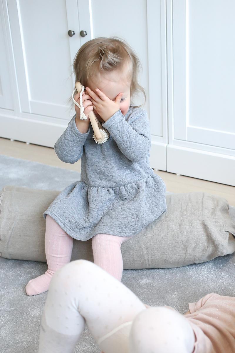 Homevialaura, rentoutuminen ja rauhoittuminen lasten kanssa, hierontakori