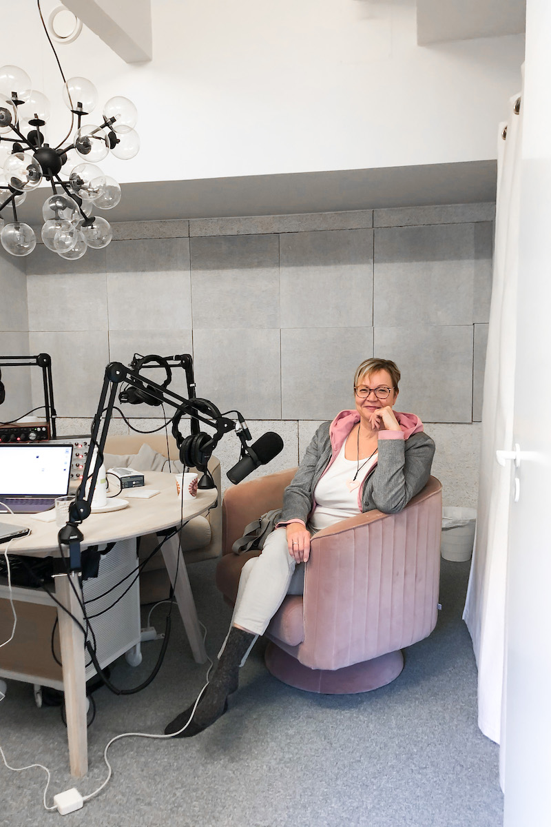 Homevialaura, Kaunis järjestys, podcast, erilaiset tavara- ja siisteyskäsitykset parisuhteessa, Kirsi Heikinheimo