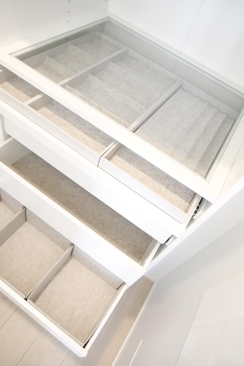 Homevialaura. vaatehuone, vaatekaappi, Ikea Pax