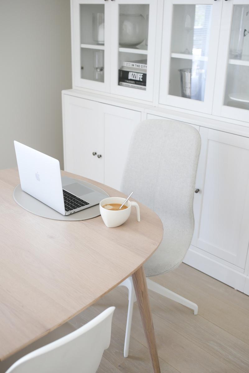 Homevialaura, arki, työpiste, Ikea Långfjäll -työtuoli