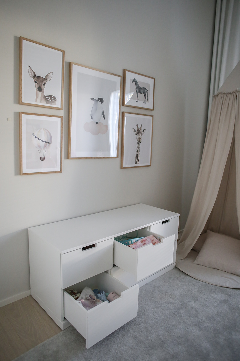 Homevialaura,lastenhuoneen järjestys, kaappikierros, säilytys